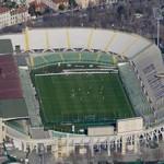 Mai pi˘ cosÏ: Firenze, veduta aerea da un elicottero della Polizia di Stato (citazione obbligatoria) della partita di campionato Fiorentina Udinese a porte chiuse allo stadio Artemio Franchi (© Massimo Sestini)