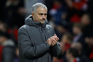 Mourinho set to reinforce his squad, targeting four lefties.